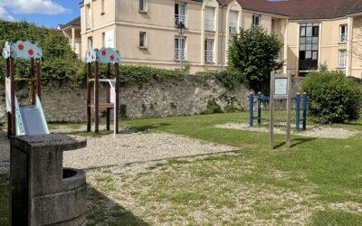 Fermeture du parc (rue de l'Hôtel Dieu)